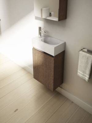 40cm-wall-mounted-unit-in-soft-oak-with-40cm-x-22cm-basin